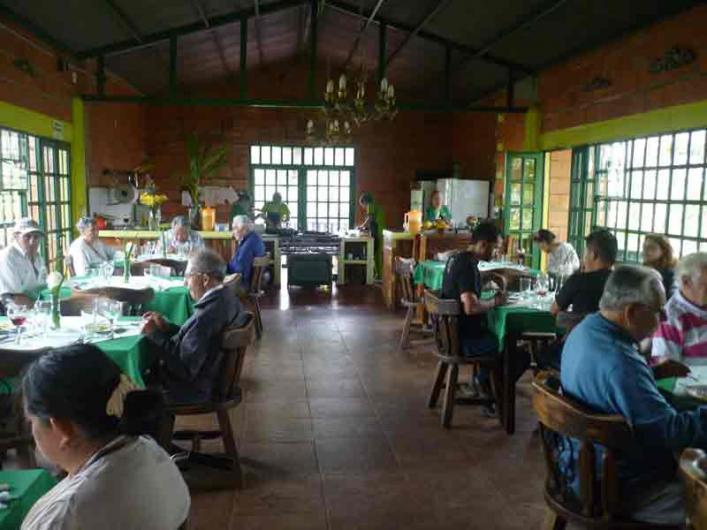 Aaron abuelos casa campestre ltda casa de descanso para adultos mayores en fusagasug tel fono - Casa para ancianos ...