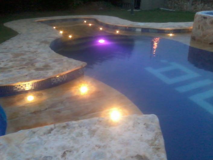 Amalgama dise o cosntruccion de piscinas en cali tel fono for Diseno y construccion de piscinas en colombia